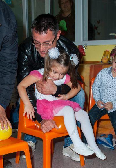 С мама и тати - ДГ 22 Звънче - Хасково